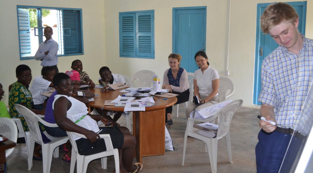 Projects Abroad Human Rights volunteer giving an educational talk in Ghana.